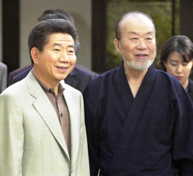 二つの祖国の懸け橋に 陶祖の伝統守る 沈寿官さん死去