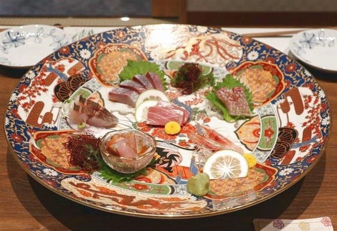 鮮魚美酒 清なり 新鮮な魚と肉料理が好評 福岡市中央区