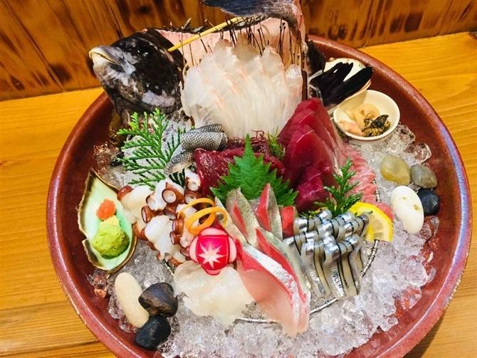 五島丸 長崎の新鮮魚介を気軽に 福岡市南区