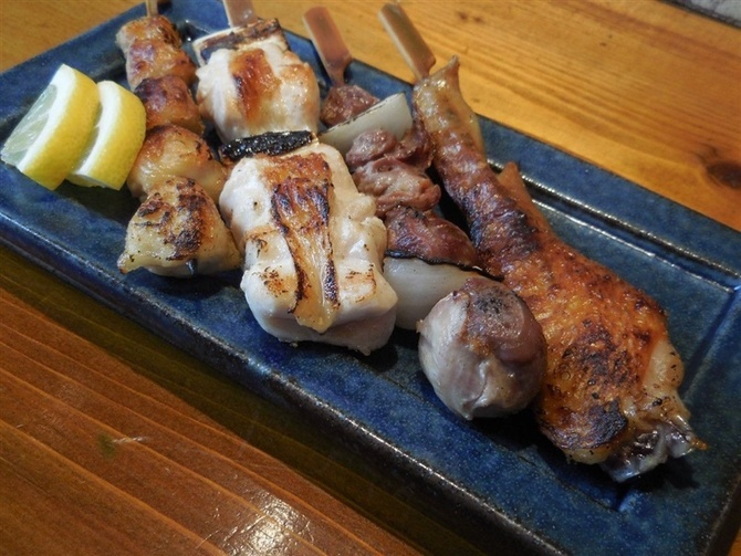 焼き鳥 八どり 鹿児島県産銘柄鶏の串物 福岡市博多区