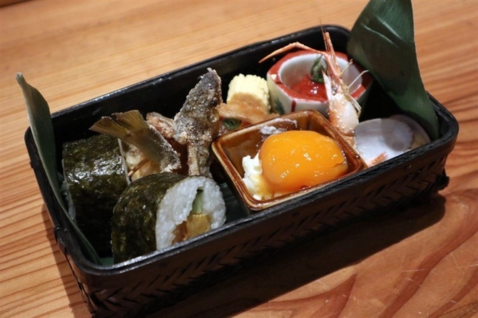 蕎麦前ひな 「そば弁当ランチ」が人気 福岡市中央区