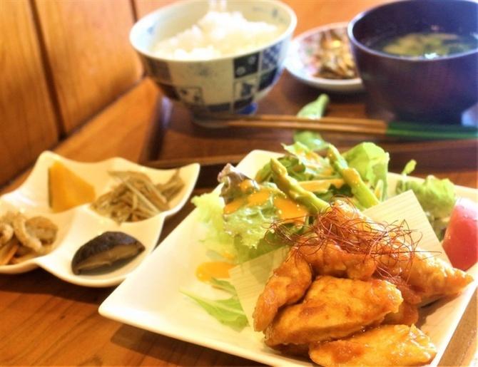 カフェゑん 野菜たっぷり健康ランチ 福岡県大川市