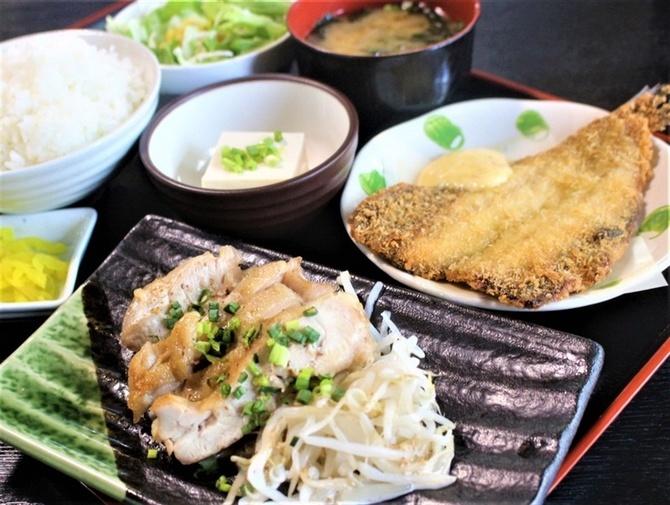 とも食堂 ボリューム定食に大満足 福岡県久留米市