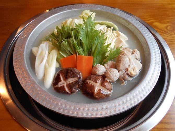博多水炊き うぐいす 味わいある濃厚スープ 福岡市博多区