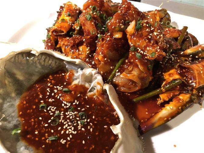 スパイステーブル ワタリガニを韓国料理で 福岡市中央区