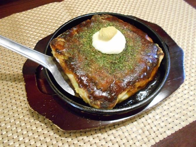 鉄板 マルタニ 食材に凝ったお好み焼き 福岡市中央区