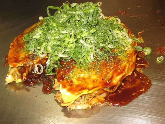 広島お好み焼き もんちゃん 麺の硬さで食感を楽しむ 福岡県筑紫野市