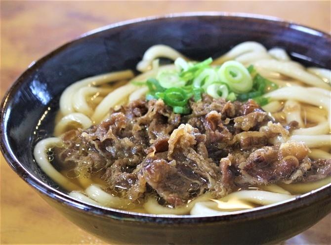 大力うどん 人気の肉うどん320円 福岡県みやま市