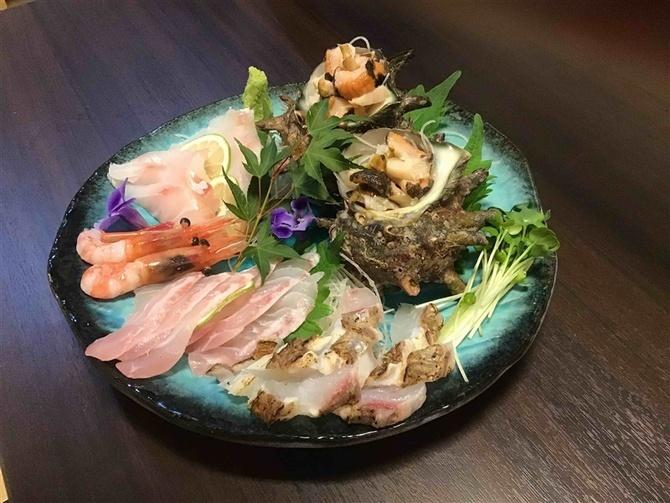 店屋町のでめきん 鮮度抜群の魚料理が自慢 福岡市博多区