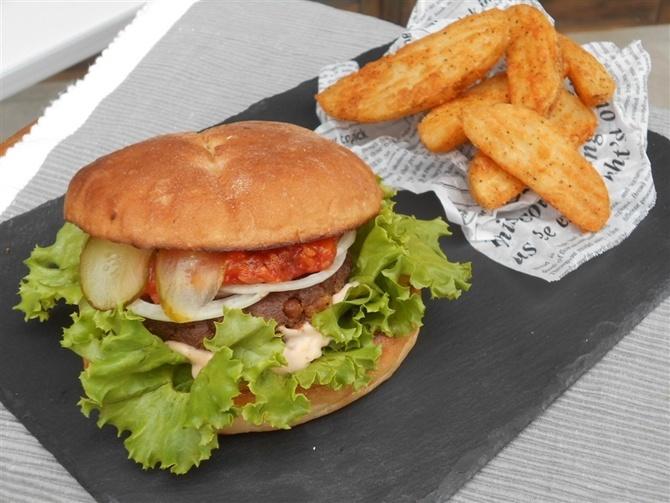 パニックバーガー 大豆ミートのパテを使用 福岡市博多区