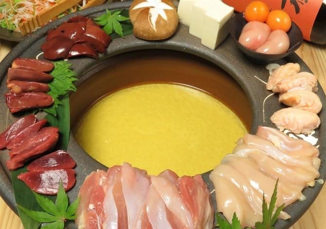 博多鶏専 もみじ 天草大王の水炊きが自慢 福岡市中央区