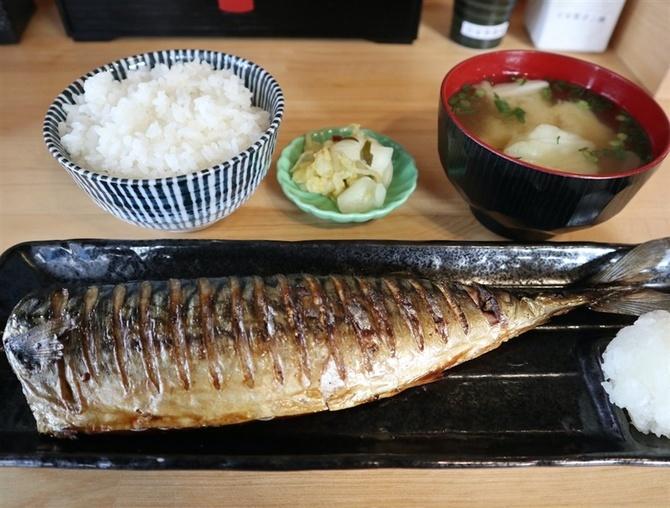 干物食堂 かどや 定食で魚の干物楽しむ 福岡市中央区