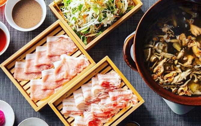 薬膳ブイヨン鍋酒場 食労寿 食材にこだわった鍋料理 福岡市中央区