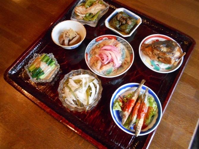台所 ようは 手間暇をかけたおばん菜 福岡市中央区