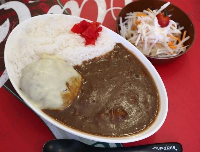 お肉屋さんカレー BULL 牛肉のうま味がたっぷり 北九州市八幡西区
