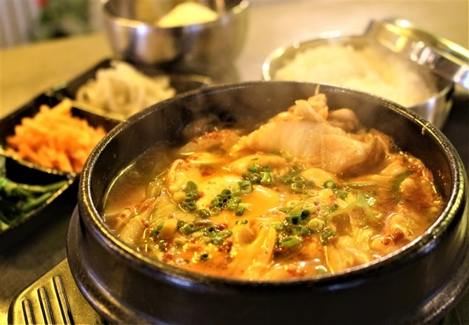 ペゴパヨポチャ 夜は「韓国料理食べ放題」 福岡県八女市