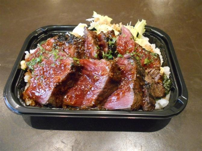 ビストロ ピック ドール 肉の炭火焼き料理が中心 福岡市中央区
