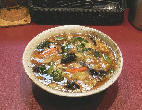 菜(さい) 野菜豊富な麺料理が中心 福岡市中央区