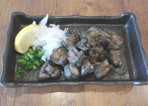 とり焼き 千鳥 名物は炭火で焼く鶏もも 福岡市中央区