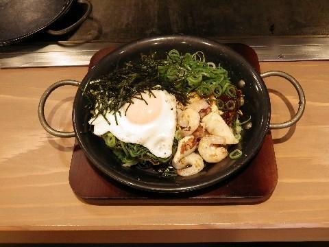 今生焼(こんじょうやき)マークイズ店 広島流お好み焼きを提供 福岡市中央区