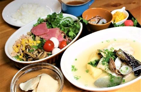 CROSS~農家の食卓~ 農家直送の朝採れ旬野菜 福岡県久留米市