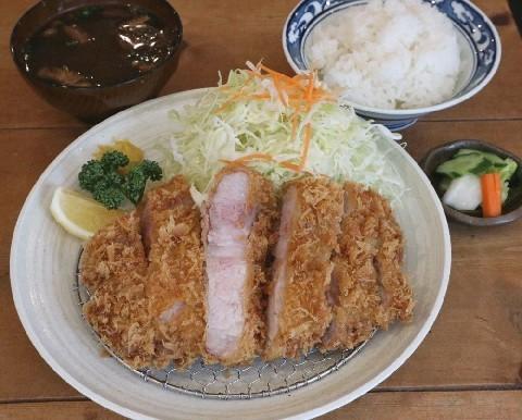 とんかつ光(あかり) 糸島産豚のうま味を堪能 福岡市中央区
