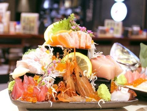 小倉漁介酒場 魚衛門 新鮮な魚を角打ち気分で 北九州市小倉北区